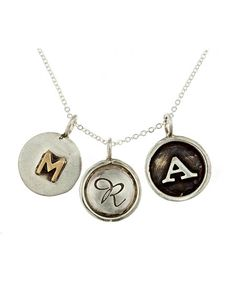 loving this necklace - a cute Mother's Day gift idea!