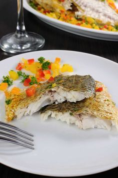 Fish Recipe: Savory Baked Walleye - This baked walleye recipe is not only a versatile baked fish recipe. But, its extremely easy to make, as well. Baked walleye fish fillets offer you a healthy meal option and boost heart health; as fish is packed with omega-3 fatty acids and vitamin D. Baked Walleye, Baked Fish, Walleye Recipes, Fish Recipes, Best Dinner Recipes, Great Recipes, Healthy Food Options, Healthy Recipes, Hunts Recipe