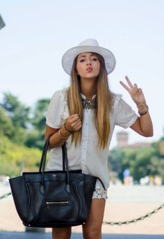 Total White Outfit - Fashion Blogger Italia Nicoletta Reggio by Scent Of Obsession