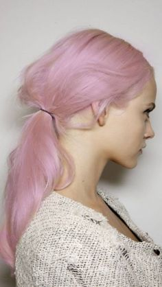 Love this pastel pink hair, wouldn't look good on me though