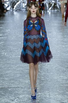 As the world's most influential designer send their autumn/winter 2016 collections down the catwalk, Miss Vogue shares with you the new trends, styles, colours, shoes to note now