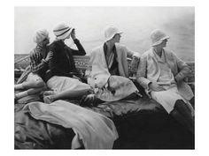 Premium Photographic Print: Vogue - July 1928 - Yachting by Edward Steichen : 12x9in