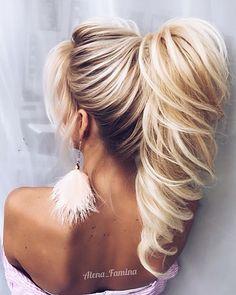 """2,212 Likes, 30 Comments - Alena Famina (@alena__famina) on Instagram: """"Люблю хвосты #обучениеприческам #обучениемосква #обучениемакияжу #стильныйобраз #hair #hairstyle…"""""""