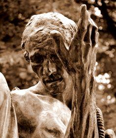 La main de Pierre de Wissant, attribuée à Camille Claudel - Les bourgeois de Calais (1889) par Auguste RODIN (1840-1917) - Bronze fondu en 1926 - Musée Rodin, Paris - Photo Hervé Leyrit