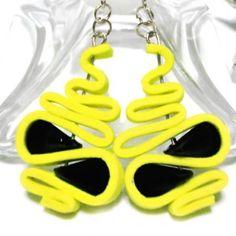 Flexus orecchini moosgummi giallo limone e pietre nere - handmade