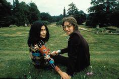 John Lennon and Yoko Ono Zelda Fitzgerald, Johnny Cash, Reese Witherspoon, John Lennon Yoko Ono, El Rock And Roll, New Flame, Ringo Starr, Jim Morrison, George Harrison