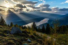 Amazing Sunset shot on mount Mirnock. Amazing Sunsets, Amazing Nature, Carinthia, Wedding Locations, Places To Travel, Eco Friendly, Mario, Waterfall, Past