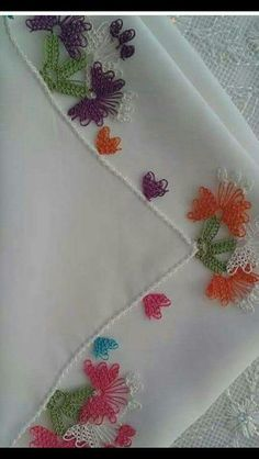 This Pin was discovered by Süm Tatting, Needle Lace, Diy And Crafts, Embroidery, Crochet, Hafiz, Allah, Craft, Silk