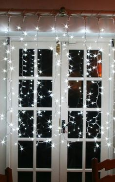 13 Best Christmas Window Lights Ideas