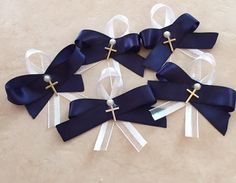 Boys Witness pins-Orthodox baptism, ribbon, gold/silver coloured cross, white pearl gem, Martirika, Martyrika, christening, religious, bows by ForOliveUs on Etsy https://www.etsy.com/listing/272965080/boys-witness-pins-orthodox-baptism
