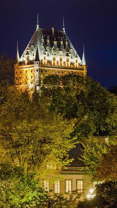 I Love Quebec! Places Around The World, Travel Around The World, Around The Worlds, Old Quebec, Quebec City, O Canada, Canada Travel, Beautiful Buildings, Beautiful Places