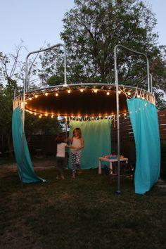 25 Easy DIY Sun Shade Ideas for your Beautiful Backyard 25 E. 25 Easy DIY Sun Shade Ideas for your Beautiful Backyard 25 E. Sleepover Room, Fun Sleepover Ideas, Sleepover Crafts, Outdoor Rooms, Outdoor Fun, Outdoor Decor, Backyard Trampoline, Sunken Trampoline, Backyard Camping