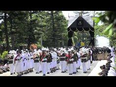 Tonga King George Tupou V funeral - YouTube. (Related to Processional welcoming Queen Elizabeth II to Tonga with Ngatu launima (tapa cloth).