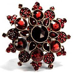 Um 1890: Feine Granat Brosche, ein Stern, böhmische Granate, Garnet Star Brooch