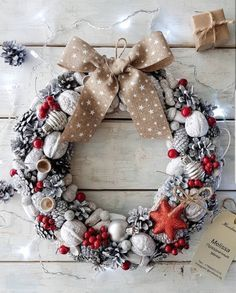 Brilliant Ideas For DIY New Years Wreath That So Inspiring - Whether bought to welcome guests at the front door or to grace the fireplace mantle, decorative wreaths make a wonderful addition to any home. Easy to. Christmas Advent Wreath, Handmade Christmas Decorations, Nordic Christmas, Christmas Candles, Christmas Centerpieces, Modern Christmas, Xmas Decorations, Christmas Time, Advent Wreaths