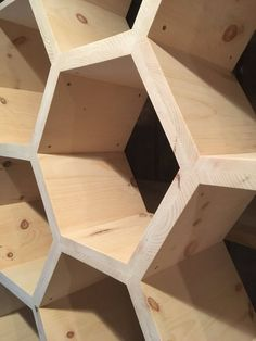 Shelf Furniture, Diy Furniture Projects, Unique Furniture, Diy Projects, Honeycomb Shelves, Hexagon Shelves, Woodworking Projects That Sell, Diy Woodworking, Retail Fixtures