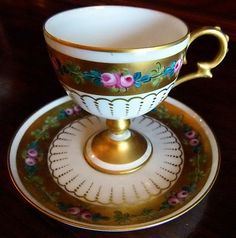 I PURCHASED THESE IN PARIS AT AN ANTIQUE SHOP SEVERAL YEARS AGO BUT AM DOWNSIZING AND HAVE DECIDED TO SELL THESE GORGEOUS DEMITASSE CUPS & SAUCERS. I SUPPOSE THEY COULD BE USED AS SMALL TEA CUPS & SAU