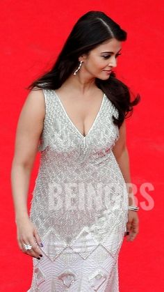 South Indian Actress MAHI GILL - SEXY ACTRESS OF BOLLYWOOD   BIOGRAPHY   YOUTUBE.COM/WATCH?V=Q5NYC_BJNMG #EDUCRATSWEB