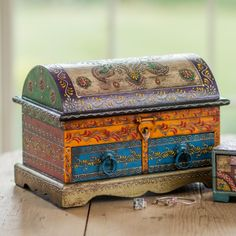 Large domed wooden treasure chest with 2 drawers, hand painted, ideal for jewellery. Hand made in India to traditional design. Fair trade.