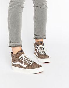 Bild 1 von Vans – SK8-Hi – Schmale, knöchelhohe Sneakers in Schwarz