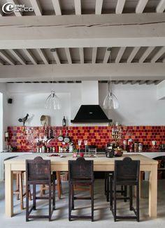 La Maison sur la Sorgue, guest house in L'Isle-sur-la-Sorgue, a report of the magazine of decoration e-magDECO