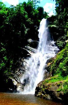 Le dicen sus habitantes, Chorrerón de Chuao, llamado así desde la colonia, costas aragüeñas, Venezuela