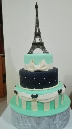 Paris Birthday Cakes, Paris Themed Cakes, Paris Themed Birthday Party, Paris Cakes, Birthday Cake Girls, Paris Party, Bolo Paris, Eiffel Tower Cake, Extreme Cakes