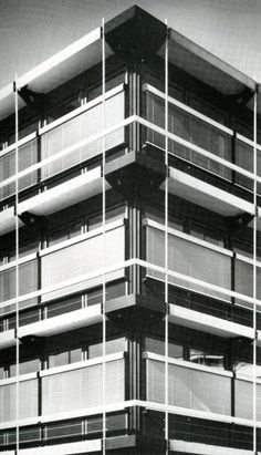 Fixed textile awning on IBM offices, by Egon Eiermann [299]   filt3rs