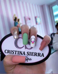 Classy Nails, Cute Nails, Nail Spa, Finger, Nail Polish, Pure Products, Diva, Beauty, Fluorescent Nails