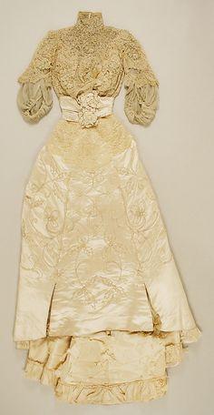 Wedding Dress 1900, American, Made of silk