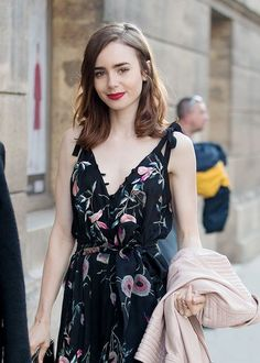 ☆Lily Collins at the restaurant Loulou in Paris, France on July 2, 2017.
