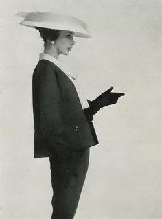 Jeanne Lanvin  Plaisir de France, 1956