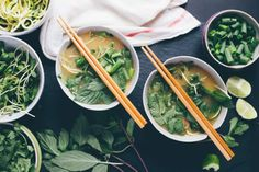 Recipe — a Gut-Friendly Vietnamese Soup. This Vietnamese staple is bursting with antiviral and antibacterial activity.Pho Recipe — a Gut-Friendly Vietnamese Soup. This Vietnamese staple is bursting with antiviral and antibacterial activity. Paleo Recipes, Soup Recipes, Whole Food Recipes, Cooking Recipes, Pho Broth, Beef Bone Broth, Paleo Beans, Paleo Soup, Bon Appetit