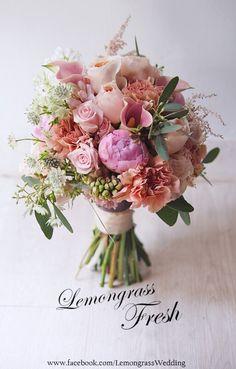 Prom Bouquet, Lilac Bouquet, Bride Bouquets, Floral Bouquets, Spring Bouquet, Beautiful Flower Arrangements, Wedding Flower Arrangements, Floral Centerpieces, Floral Arrangements
