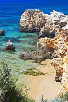 Empty Beach in albufeira, Algarve, #Portugal,
