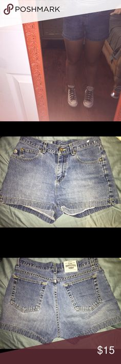 High-rise jean shorts. These are super cute, authentic 'lee dungarees'. Very comfortable. There's a paint splatter on the hip, personally I think it adds a cute touch! lee dungarees Shorts Jean Shorts