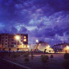 Anochecer nublado