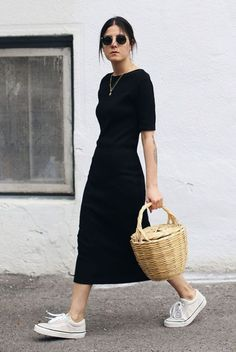 20 Simple Summer Outfits For The Minimal Girl - Damen Mode 2019 Dress Outfits, Casual Dresses, Casual Outfits, Fashion Outfits, Womens Fashion, Fashion Trends, Casual Black Dress Outfit, Easy Outfits, Fashion Ideas