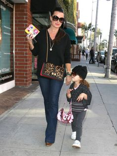 Kyle Richards Photos Photos - 'The Real Housewives Of Beverly Hills' star Kyle Richards feeding the parking meter while out and about in Beverly Hills, California on May 24, 2012. - Kyle Richards Feeding The Meter In Beverly Hills