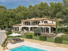 France Country, Provence Style, Home Cinemas, Living Room With Fireplace, Luxury Villa, Luxury Real Estate, Country Life, Property For Sale, Terrace
