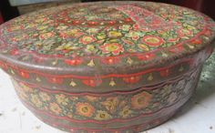 HUNTLEY PALMER TIN BOX DECORATIVE MULTI COLORED ROUND READING & LONDON…