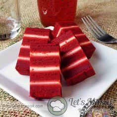 Kek Lapis Red Velvet Red Velvet Recipes, Yogurt, Vanilla, Tableware, Cake, Pie Cake, Dinnerware, Dishes, Cakes