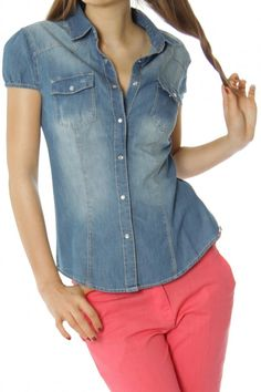 Enjoy hot summer days wearing this short-sleeved jeans shirt called JUDITH! <3 www.bestyledberlin.de