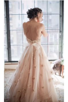 Gold Wedding Gowns, Wedding Dresses 2018, Backless Wedding, Bridal Dresses, Prom Dresses, Wedding Robe, Tulle Wedding, Maternity Dresses, Floral Wedding