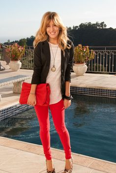 Coloured jeans, leopard heels.