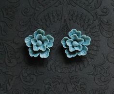 "Blue-Gray Vintage Style Flower Girly Plugs - 2g, 0g, 00g, 7/16"" @Robinosaurus Rex.com"