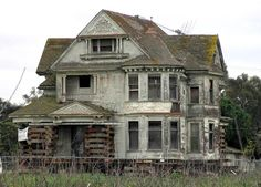 Abandoned Mansion In California by Wendy