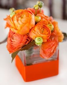 Square vase with peonies. I'm not sure if the vase is actually orange or if someone just added an orange ribbon to it, but either way I love that it matches the bouquet. Orange Wedding Flowers, Orange Flowers, Wedding Colors, Orange Weddings, Colorful Roses, Wedding White, White Flowers, Dream Wedding, Deco Orange
