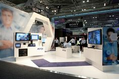 Pos Design, Hearing Aids, Photo Wall, Exhibition Stands, Display, Exhibitions, Cool Stuff, Building, Retail