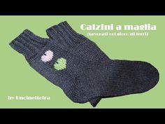 come fare i calzini a maglia (how to knit socks) parte Knitting Socks, Knit Socks, Knitting Videos, Gloves, Youtube, Cos, Mamma, Hobby, Socks